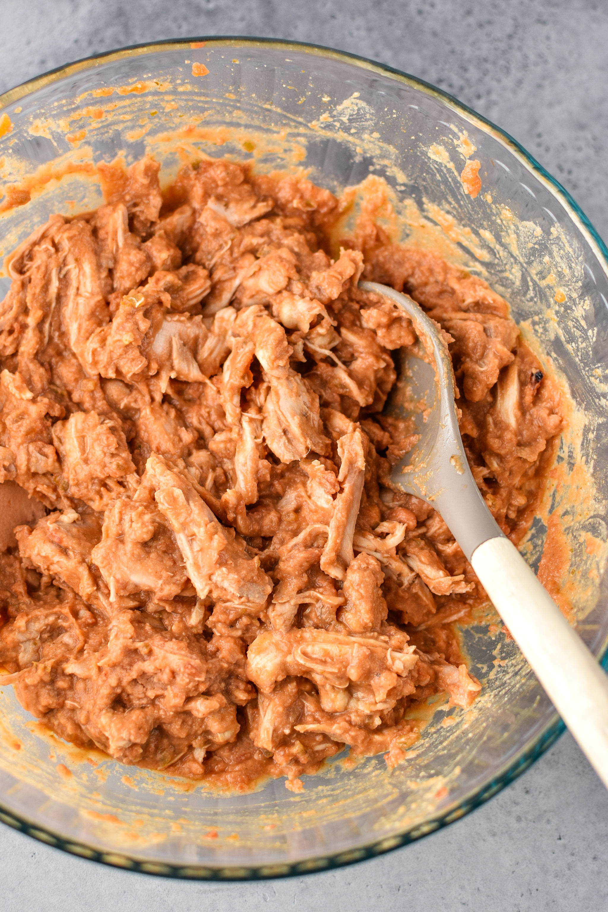 the filling for the chimichangas - how to make chimichangas in an air fryer