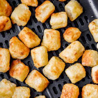 close up cauliflower gnocchi in an air fryer