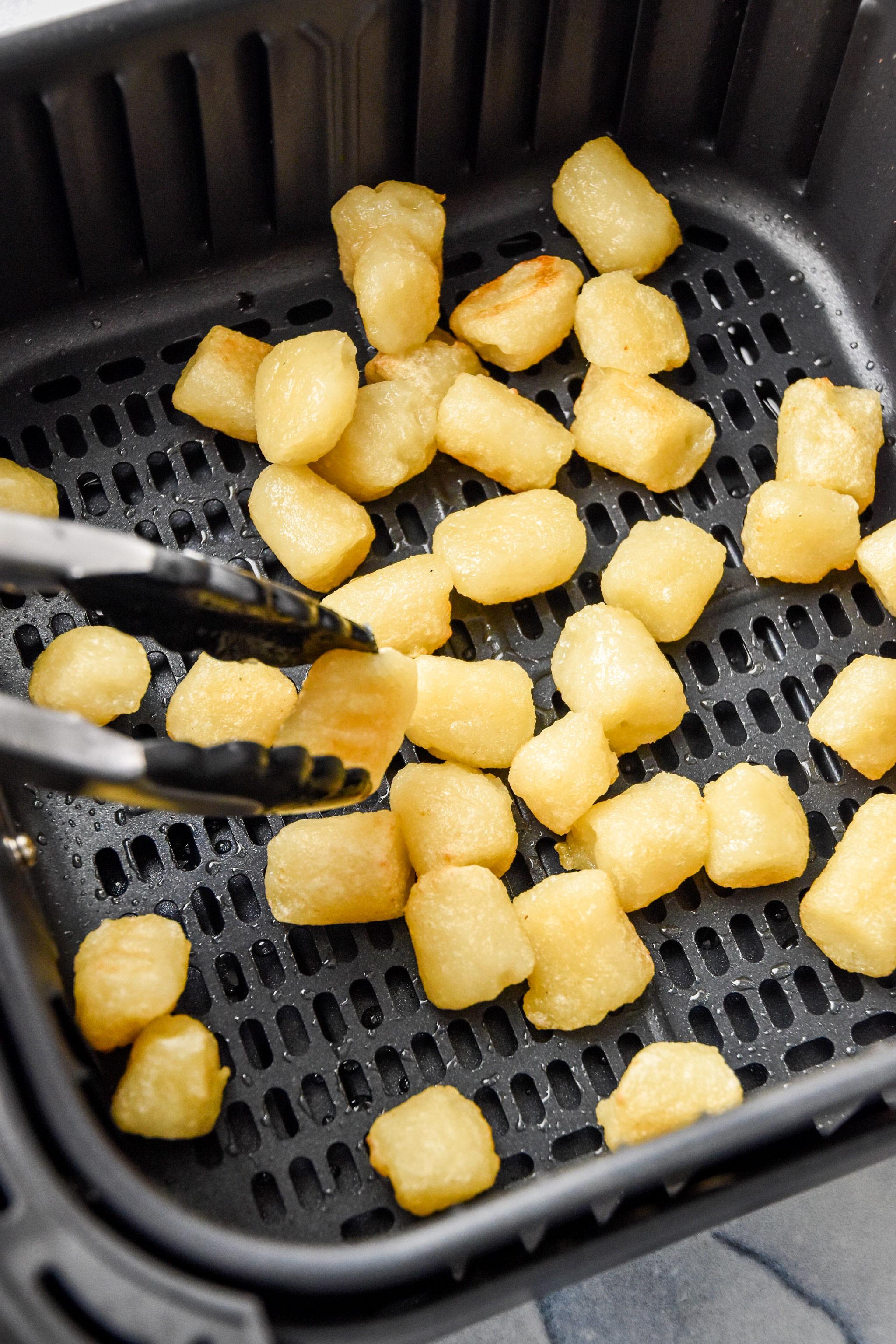 making cauliflower gnocchi in an air fryer