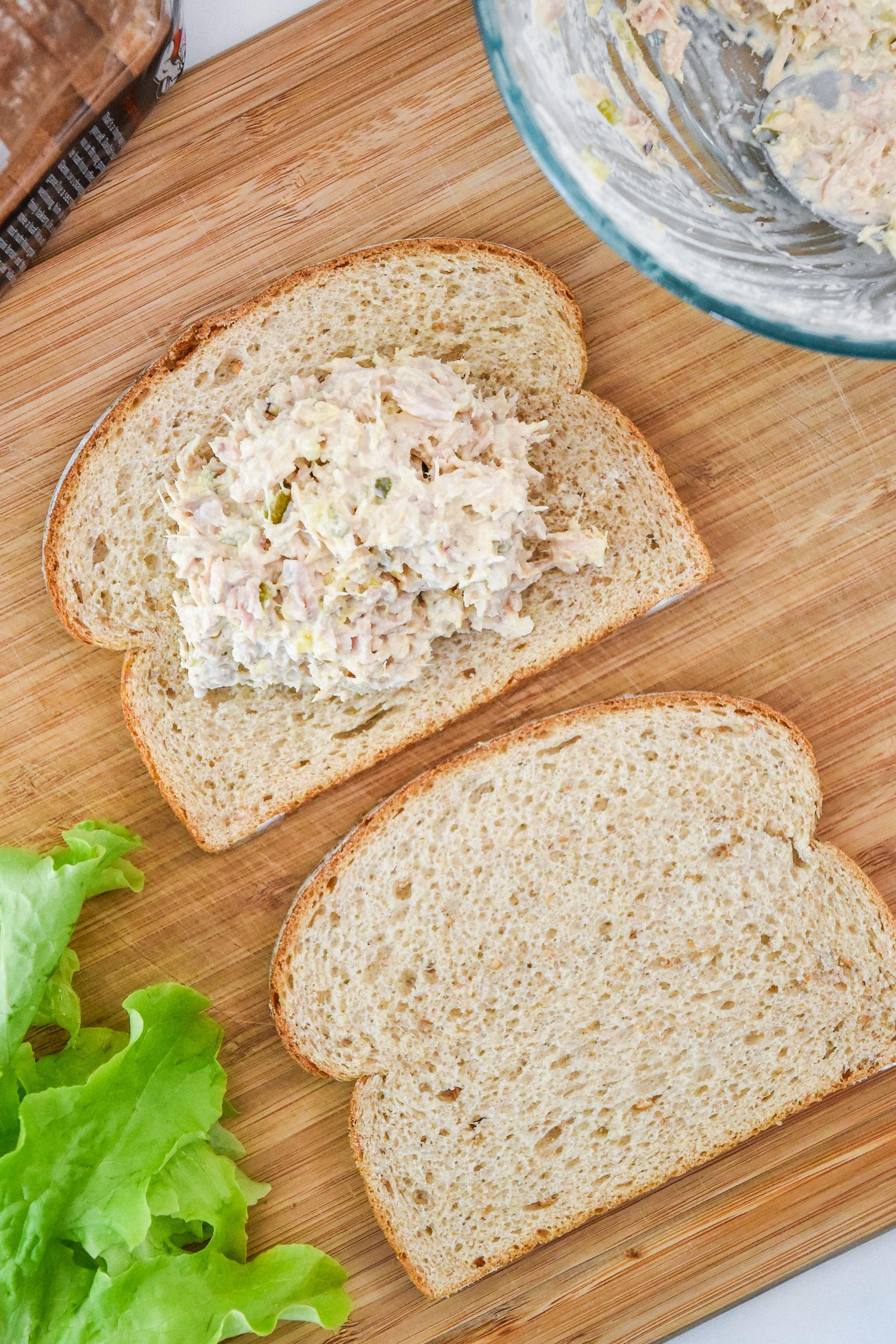assembling a tuna sandwich with the no chop tuna salad.