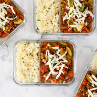 meal prep unstuffed pepper bowls in glass 2 compartment containers.